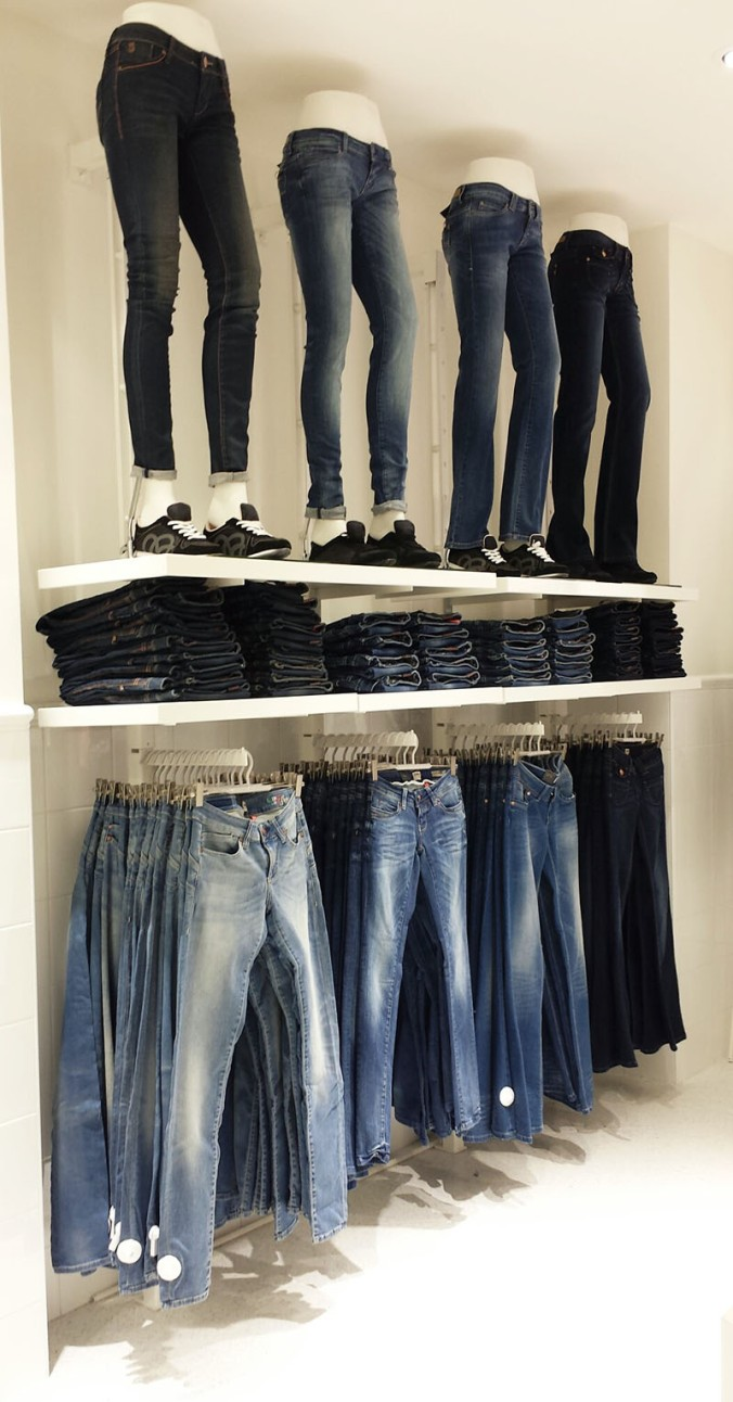 Jeans wall